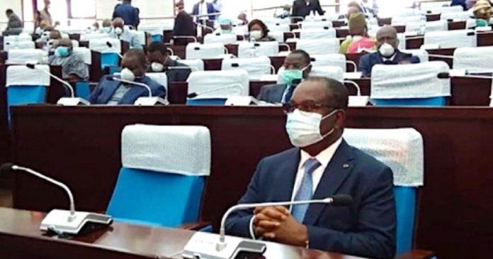 Covid-19: le gouvernement envisage de nouvelles mesures urgentes au Togo