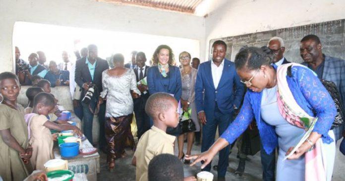 Les élèves togolais ont désormais le droit de manger à l'école à la charge de l'Etat