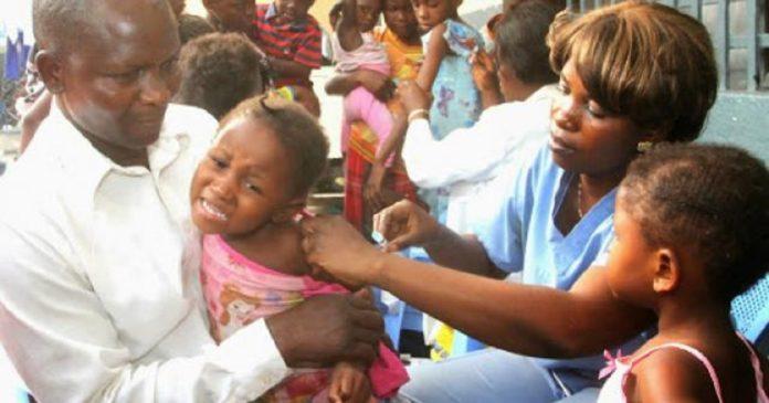 Santé: la rougeole en RDC refait des ravages