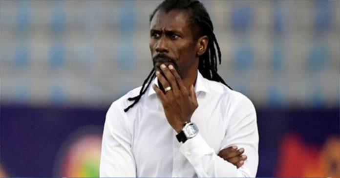 Sénégal, Aliou Cissé échappe de peu à un renvoi