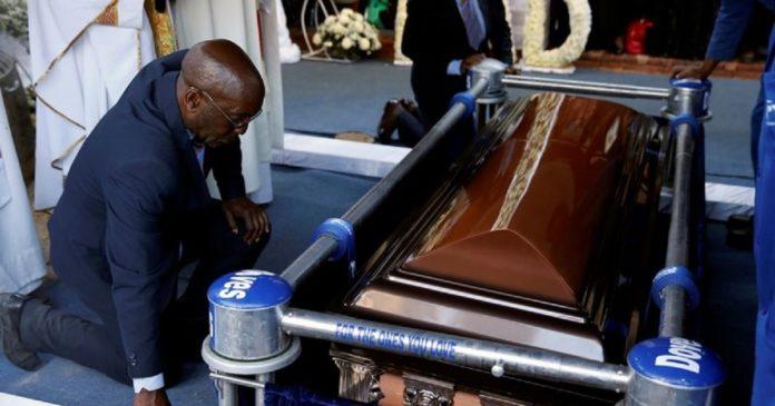 exhumation de la dépouille de Mugabé